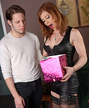 A valentine s gift from wolfe. Amazing TMILF Jasmine getting her Valentine's gift from Wolfe