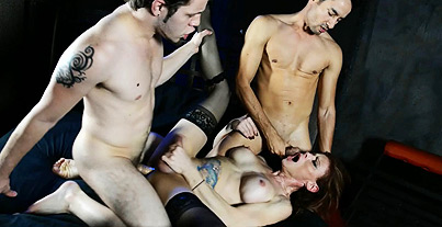 Valentine s threesome. Dirty TMILF Jasmine getting banged by two studs