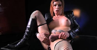 Jasmine bad girl biker bitch. Biker slut Jasmine strokes & toys