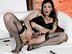 Asstoy and cum TS queen Jasmine Jewels toying and jerking off.